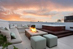 outdoor patio ideas with fire pit | Inspirational Outdoor Living Spaces with Fire Pits