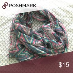 Böhme Patterned Scarf Light scarf with adorable pattern. Looks great with blouses and dresses! New condition. Not infinity, but currently tied to be worn as an infinity scarf. Böhme Accessories Scarves & Wraps