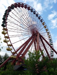 Abandoned Berlin: Spreepark! (And how to get in)