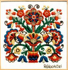 Rábaközi (Hungarian) embroidery