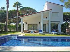 Magnífica villa, Urb. Roche, 500 m. de la playa, piscina privada, Wifi.Alquiler de vacaciones en Conil de la Frontera de @homeaway! #vacation #rental #travel #homeaway