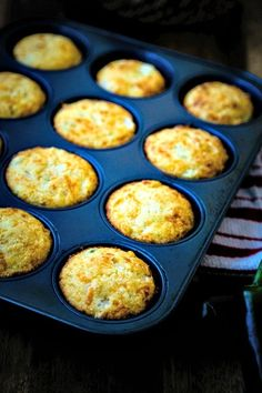 mexican cornbread casserole Mexican Cornbread Muffins - Life, Love, and Good Food Mexican Cornbread Muffin Recipe, Muffin Tin Recipes, Recipe For Mexican Cornbread, Jalapeno Cornbread Muffins, Jiffy Cornbread Recipes, Mexican Bread, Mexican Dishes, Mexican Food Recipes, Baked Corn