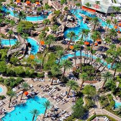 Grand Pool Complex - MGM Grand Las Vegas