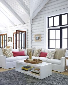Wood Home Decor 2020 – What kind of wood is used for log homes? - Home Style Living Room Update, My Living Room, Living Room Furniture, Living Room Decor, Living Spaces, Cabin Homes, Log Homes, Modern Log Cabins, Log Home Interiors