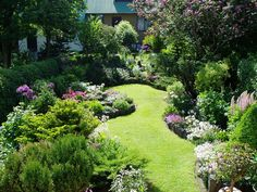 ideas for small gardens - Google Search
