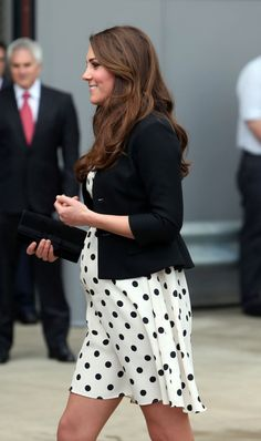 Kate does pregnancy so well!