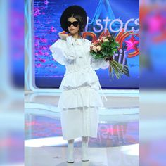 """4,420 aprecieri, 106 comentarii - Bravo, ai stil! (@bravoaistil) pe Instagram: """"Incantata de succesul pe care l-a avut in atelierul de creatie, Denisa s-a premiat cu flori.:) Si…"""" Peplum Dress, Shirt Dress, Brave, Harajuku, Outfit Ideas, Shirts, Outfits, Instagram, Dresses"""
