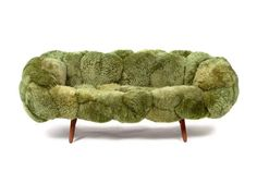Want to add a dash of fun to your living room project? Select a playful sofa design Funky Furniture, Sofa Furniture, Sofa Chair, Furniture Design, Take A Seat, Vintage Design, Modern Sofa, My New Room, Elle Decor