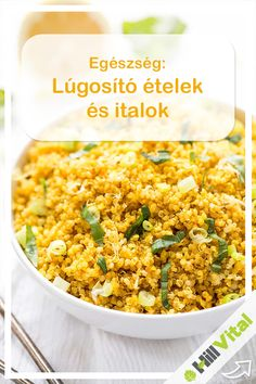 Want to find out how to cook the yummiest quinoa? Try this Lemon Turmeric Quinoa recipe! Makes a healthy side dish or base for a buddha bowl, YUM! Whole Food Recipes, Diet Recipes, Vegetarian Recipes, Cooking Recipes, Healthy Recipes, Delicious Recipes, Cooking Tips, Kale Recipes, Quinoa Recipes Easy