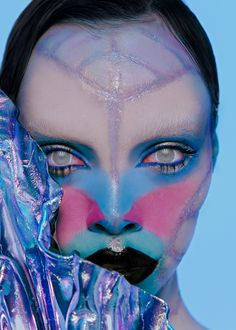 Siren, photographer KAMILLA HANAPOVAmuah GLASHA GURIANOVAmuah assistant KATE LUSmodel ELENA TSIRIKOVAmasks AMPLITUDA DESIGN #art #beauty #fashion #editorial #makeup #futuristic