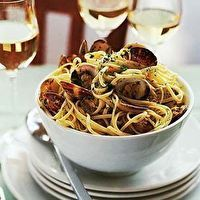 Linguine with Clams by Williams-Sonoma