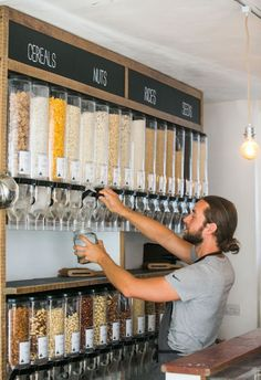 This zero-waste supermarket bans packaging and stocks only ethical goods