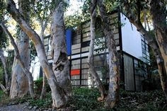 The Eames House. Image via Apartment Therapy.