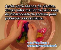 Nous avons une astuce toute simple qui va préserver votre maillot de bain. Il suffit de le rincer dans de l'eau mélangée à du bicarbonate de sodium.  Découvrez l'astuce ici : http://www.comment-economiser.fr/proteger-maillot-bain-chlore-piscine.html?utm_content=buffer97292&utm_medium=social&utm_source=pinterest.com&utm_campaign=buffer