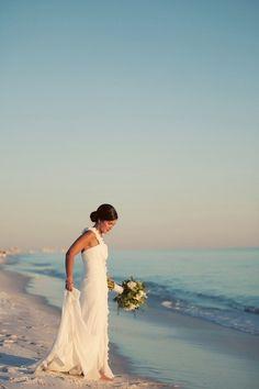 Want a beach wedding!!
