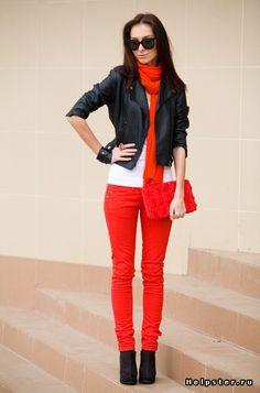 Помогите собрать образы с красными джинсами (фото внутри) / красные джинсы женские
