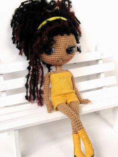 Mai crocheted Blythe by ladynoir63, via Flickr