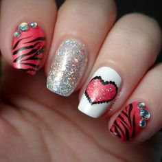 Valentine's day nail art idea - Sparkly Heart