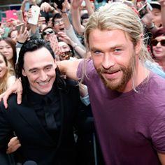 Tom Hiddleston and Chris Hemsworth on the set of Thor: Ragnarok in Brisbane, Australia on August 23, 2016. Source: Torrilla. Click here for full resolution: http://ww4.sinaimg.cn/large/6e14d388gw1f754acbnu2j23ik2jqe81.jpg