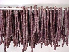 A South African dried sausage. Dried Sausage Recipe, Homemade Sausage Recipes, Meat Recipes, Mexican Food Recipes, Cooking Recipes, Cooking 101, South African Dishes, South African Recipes, Meat Stick Recipe