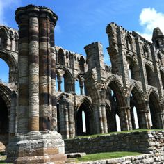 Whitby Abbey Places To Travel, Places To Visit, Whitby Abbey, See It, Abandoned Places, Places Ive Been, United Kingdom, England, Inspire
