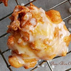 Fresh Peach Fritters Delicious Fresh Peach Fritters Can use fresh or canned peaches.Delicious Fresh Peach Fritters Can use fresh or canned peaches. Donut Recipes, Fruit Recipes, Sweet Recipes, Dessert Recipes, Cooking Recipes, Fresh Peach Recipes, Avocado Recipes, Detox Recipes, Cooking Tips