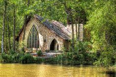 Callaway Gardens: Ida Cason Callaway Memorial Chapel by StGrundy, via Flickr