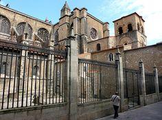 Oviedo lateral de la  Catedral