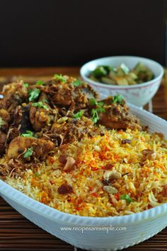 Singapore Nasi Briyani - A fusion of Indian with distinct Malay influence to make a flavorsome Biryani Rice and mouth watering meat masala. Spicy Recipes, Indian Food Recipes, Asian Recipes, Chicken Recipes, Cooking Recipes, Ethnic Recipes, Sticky Rice Recipes, Asian Desserts, Malaysian Cuisine