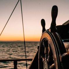 Gulet Charter Cruise Italy heeft een foto gedeeld op Instagram: Noleggio caicco di lusso Sardegna Italia con equipaggio professionale. vieni ad esplorare la costa… • Bekijk 3,465 foto's en video's op het profiel.