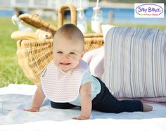 This Jersey biblet is perfect for breast and bottle fed babies and has a waterproof membrane in between the front and back fabrics!! #sillybillyz