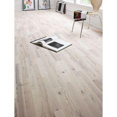 Trägolv Berg & Berg Saltholmen Ask Vit Mattlackad - Parkettgolv Wooden Flooring, Hardwood Floors, Swedish Farmhouse, Interior Inspiration, Tile Floor, Family Room, Tiles, New Homes, Home Appliances