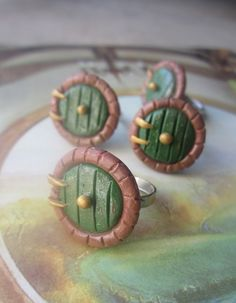 Hobbit Door Bag End Polymer Clay Ring por Middleearthgirls en Etsy