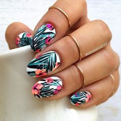 SnapWidget   Start your Monday off with a flawless Mani! @ninanailedit