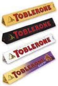 Comme souvent dans l'alimentaire et dans les produits chocolatés, le produit phare a été démultiplié sous le même format mais avec des saveurs différentes (chocolat blanc, chocolat noir, etc). Pour afficher cette différence au consommateur tout en gardant l'identité et l'image du produit qui ont nécessité un long travail de promotion : on conserve le même format de packaging mais on fait varier les couleurs en fonction des saveurs.