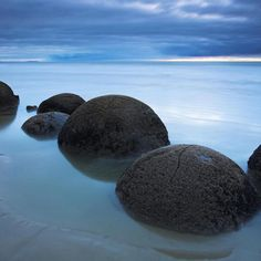 Tourism, Koekohe Beach, Moeraki boulders, New Zealand