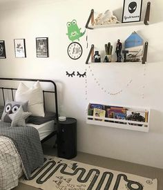 """104 Likes, 3 Comments - Willow & Wood (@willowandwood) on Instagram: """"A super cool room by @life.with.odeas featuring our Mini Bookworm and a cool croc clock by…"""""""