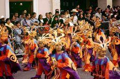 El Carnavalito de Blanco y Negros Pasto Nariño. Es una actividad infantil en la que participan miles de niños de la región, entre 6 y 14 años, mostrando su creatividad y la herencia cultural de la región.