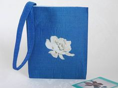 Blue silk wristlet bag £15.00 Occasion Bags, Romantic Evening, Printed Cotton, Special Occasion, Cotton Fabric, Purses, Silk, Prints, Blue