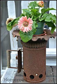 Rusty Planter from a charcoal starter www.homeroad.net