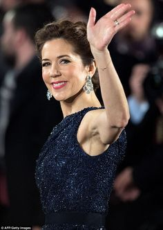 Crown Princess Mary and Crown Prince Frederik of Denmark attend the Bambi Awards 2014 on November 2014 in Berlin Mary I, Mary Elizabeth, Crown Princess Mary, Bambi Awards, Prince Frederik Of Denmark, Prince Frederick, Princess Marie Of Denmark, Danish Royalty, Danish Royal Family