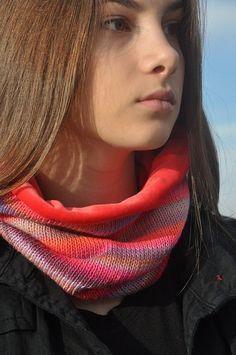 handgemachter  Halswärmer  doppelseitig von synopsishandmades Coral Pink, Lilac, Neck Warmer, Knitting, Handmade, Beauty, Color, Women, Fashion