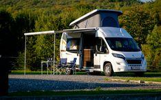 FAQ - jak się podróżuje kamperem. Najczęściej zadawane pytania i odpowiedzi na nie! Motorhome, Recreational Vehicles, Activities, Rv, Motor Homes, Camper, Mobile Home, Campers, Single Wide