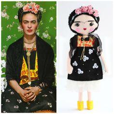 18cm Frida Kahlo art doll. Magdalena Carmen Frieda Kahlo y Calderón felt doll. Mexican artist, painter art doll. Perfect gift idea.