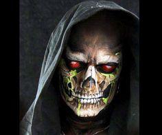 skeletor http://racontenidos.com/ideas-faciles-de-maquillaje-fantasia-para-halloween/