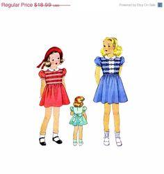 VENDITA anni trenta ragazze Smocked abito McCall 705 Vintage cartamodello Puff Sleeve abito dei bambini dimensione 4 UNCUT di patternshop su Etsy https://www.etsy.com/it/listing/223291375/vendita-anni-trenta-ragazze-smocked