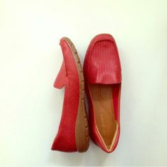 Easy spirit loafers *SOLD * Red easy spirit loafer. Great condition Easy Spirit Shoes Flats & Loafers