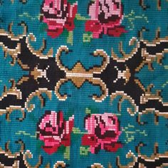 Bohemian little carpet with delicate roses on a blue background. This handmade carpet is perfect for a bohemian romantic decor or for a touch of color in a corner of your house. Wool Carpet, Blue Backgrounds, Create Yourself, Hand Weaving, Vintage Items, Delicate, Roses, Corner, Bohemian