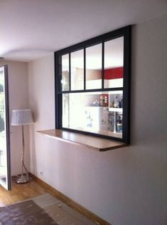 American Window Pass-Flat Interior – Joinery company Toulon – Sale and installation of PVC windows and aluminum Var – Baudisson business Source by sevtitange Kitchen Window Bar, Loft Kitchen, Diy Kitchen Storage, Kitchen Dinning, Flat Interior, Kitchen Interior, Kitchen Design, Inspired Homes, Home Staging