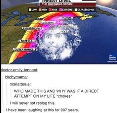 Doctor Who ten David Tennant the oncoming storm weather forecast Emily Tennant, David Tennant, Serie Doctor, Doctor Who Funny, Funny Memes, Hilarious, Tv Memes, Fandom Memes, Funny Comedy